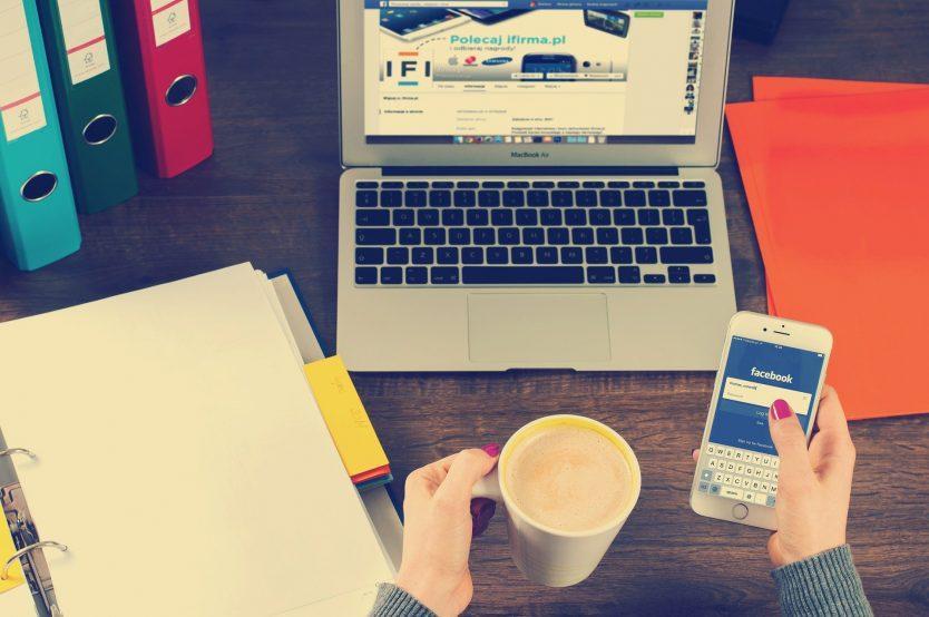 Bisnis di Media Sosial - Shaniba Creative Industry