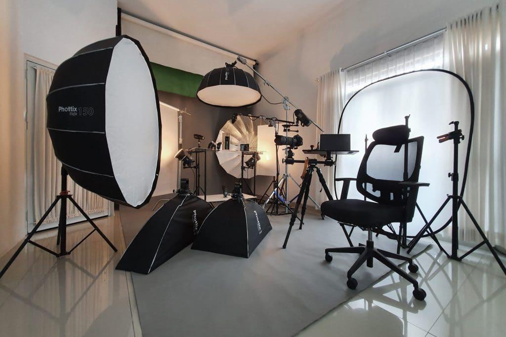 Shaniba Creative Industry - At Studio Service